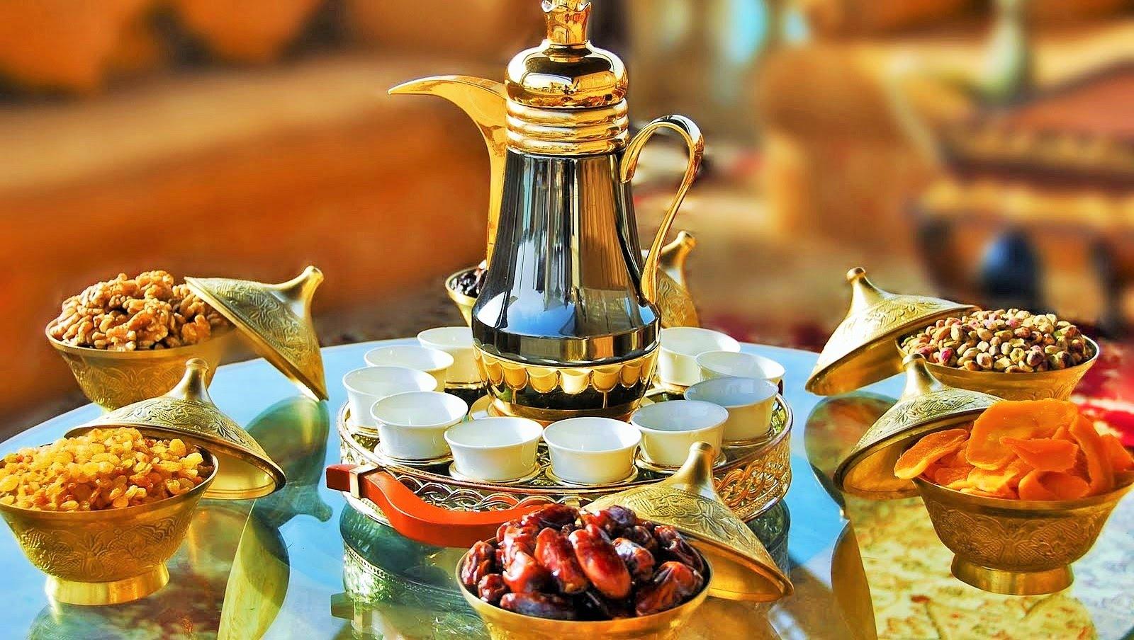 is ramadan mubarak or ramadan kareem the correct greeting bahrain