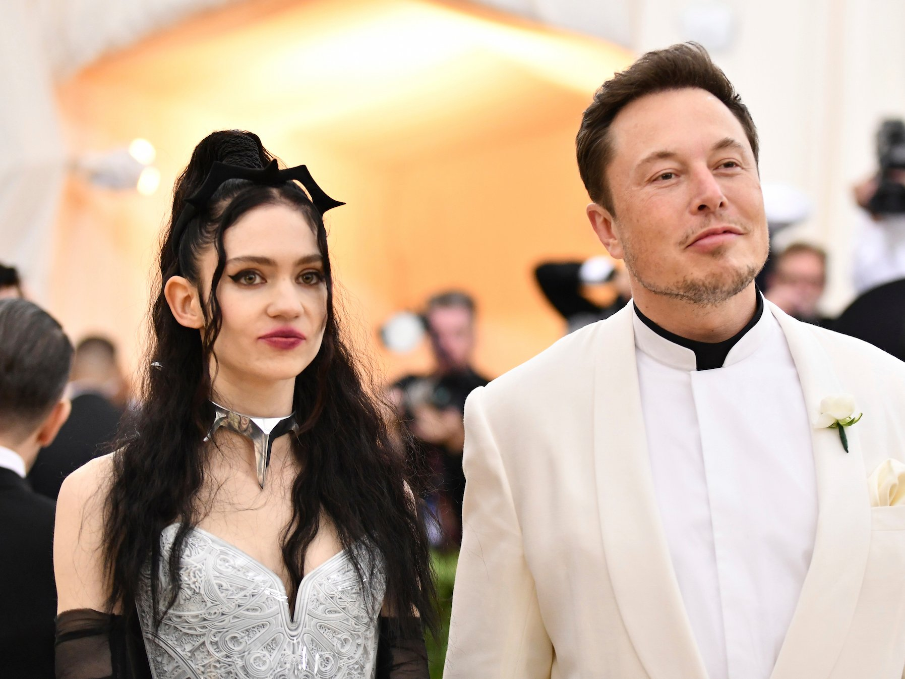 elon-musk-grimes-dating-met-gala